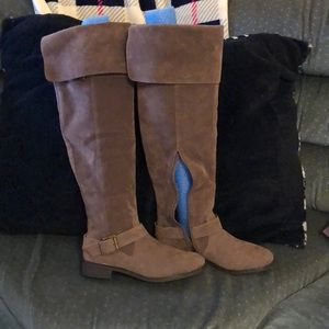 Fall knee high boots